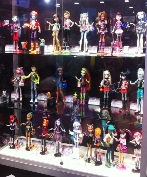 Personajes Monster High Editados al 12-07-12 - Propiedad de Mattel INC.