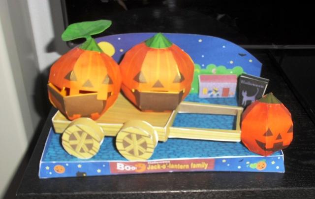Nuestra Decoración de Halloween hecha por nosotras mismas.